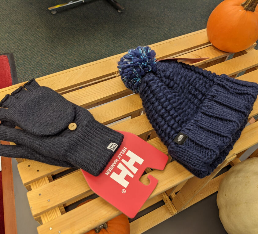 Hats and Mittens @ Everest Athleisure